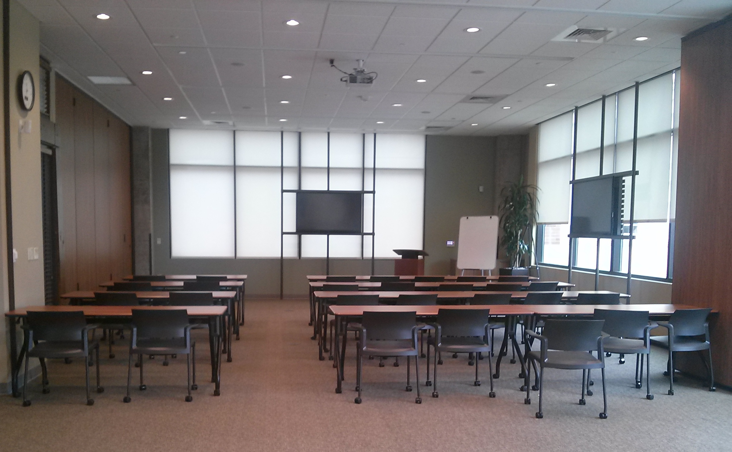 The Area Foundation's large conference room recently hosted an SA 2020 meeting for more than 100 guests. Photo by Melanie Call.