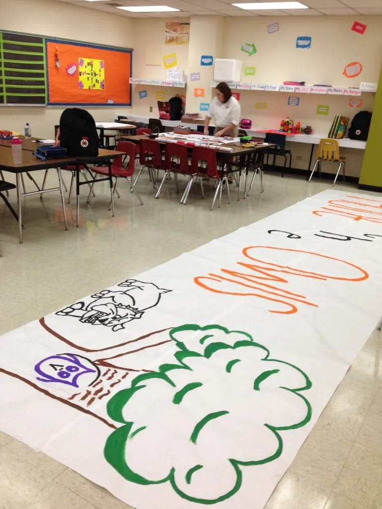 Inside the City Year Corps room at Burbank High School, school spirit is the order of the day. Photo by Bekah McNeel.