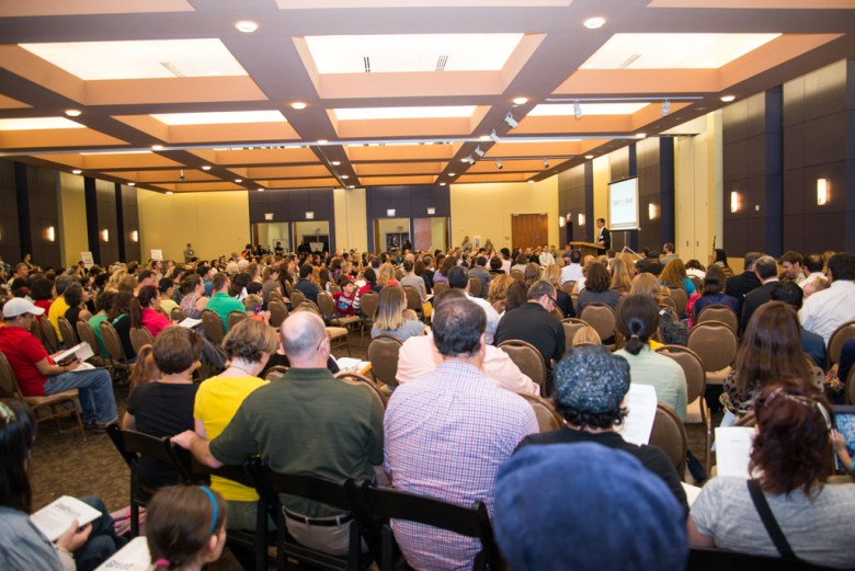 Hundreds gather at Temple Beth-El for the Great Hearts Texas informational meeting on Tuesday. Photo by Jamie Larson.