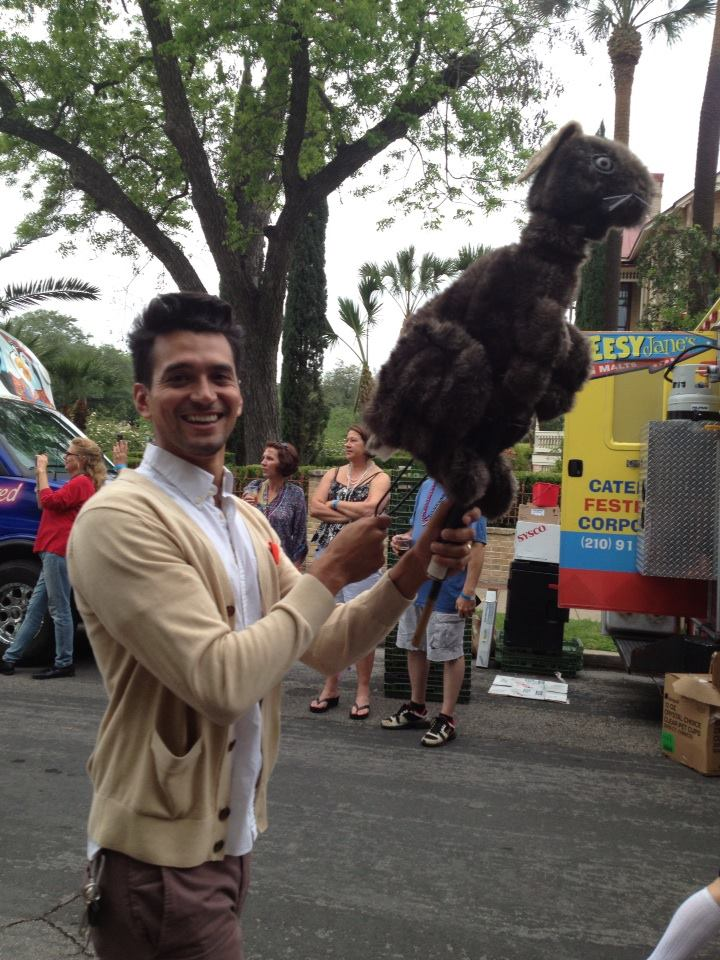 Volunteering with the Magik Theatre at the annual King William Parade. Photo courtesy Rene Jaime Gonzalez.