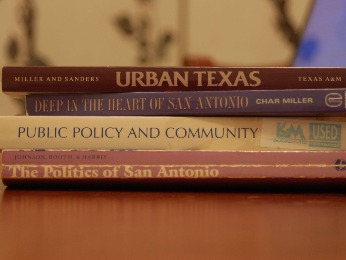 Researching economics and public policy in San Antonio. Photo by Rene Jaime Gonzalez.