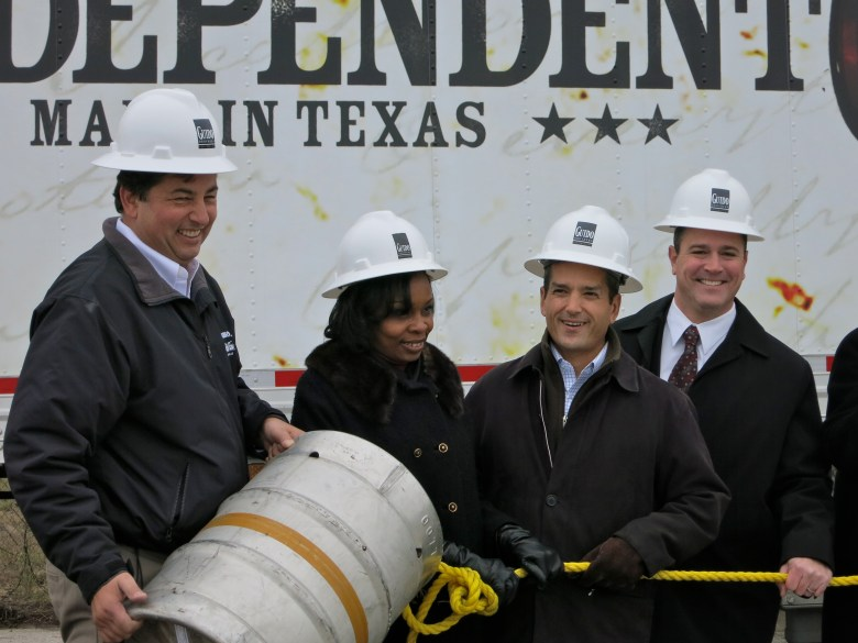 Alamo Beer Co. Founder Eugene Simor, District 2 Councilwoman Ivy Taylor, State Representative Mike Villarreal, and South Texas Regional President Mark Koshnick of Southwest Securities FSB.