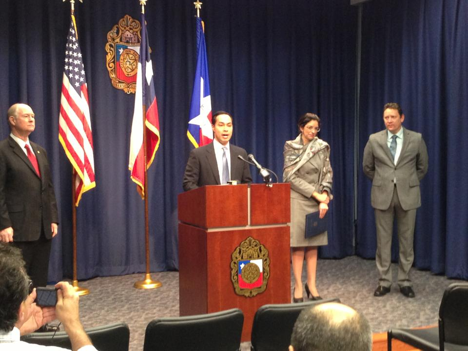 Mayor Julian Castro, former District 3 Councilwoman Leticia Ozuna, and Chief Technology Officer Hugh Miller and a press conference announcing the San Antonio Area Broadband Network. Photo by Randy Bear.