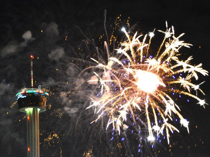 2013 Tower of Americas' Fireworks. Photo by Iris Dimmick.