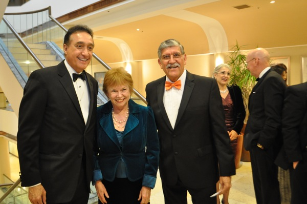 Henry Cisneros poses for a photo with UTSA President Ricardo Romo and wife Harriet Romo, director of the UTSA Mexico Center and the Bank of America Child and Adolescent Policy Research Institute. Photo by Iris Dimmick.