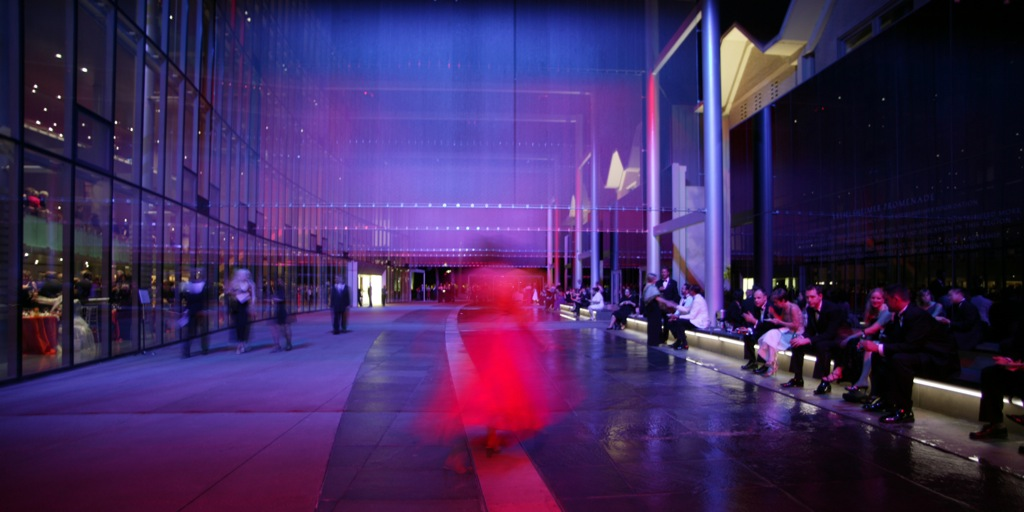 Kreielsheimer Promenade at Marion O. McCaw Hall in Seattle, WA by GUSTAFSON GUTHRIE NICHOL (image credit: GGN)