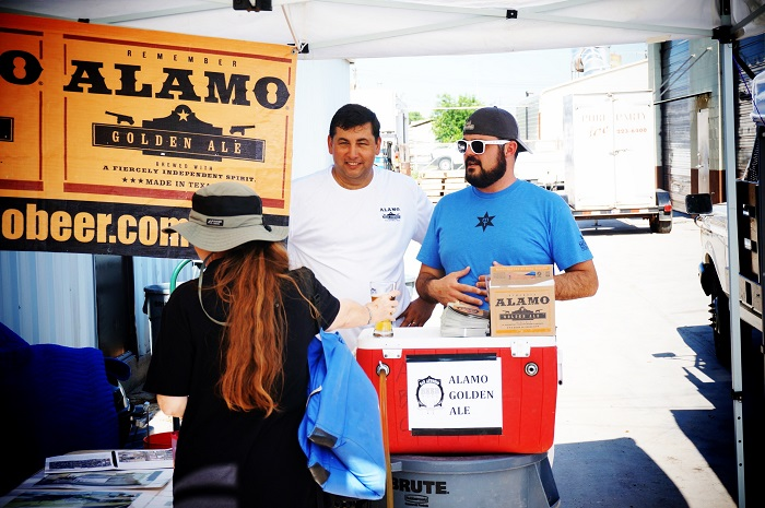 Zac Harris of Monks Toolbox (right) talks with Eugene Simor of Alamo Brewing Company during San Antonio Beer Week 2014. Photo by Jeremy Karnes.