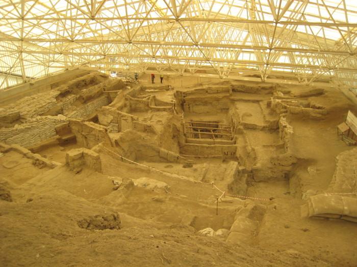 Excavation site at Çatalhöyük, Turkey. Photo by Martha Ann Kirk.