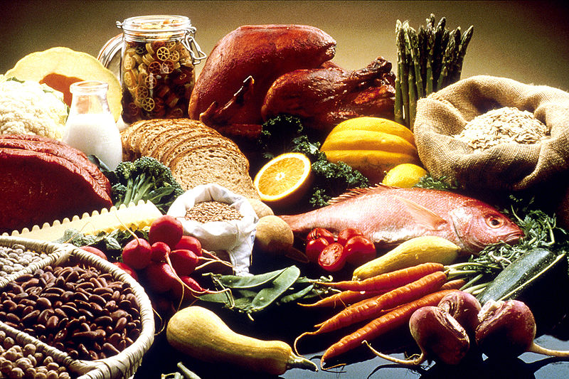 A display of foods considered healthy. Image Courtesy the National Cancer Institute.