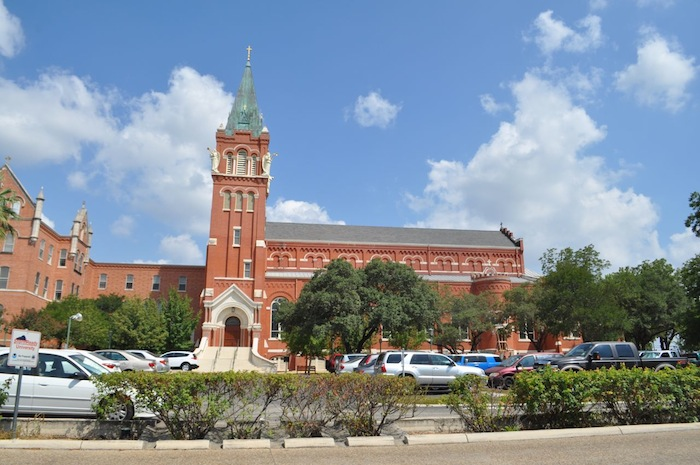 University of the Incarnate Word campus. Photo by Iris Dimmick.