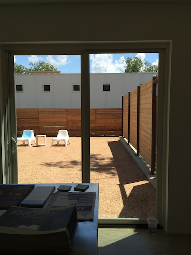 The xeriscaped backyard of a green home on Fest Street. Photo by Katherine Nickas.