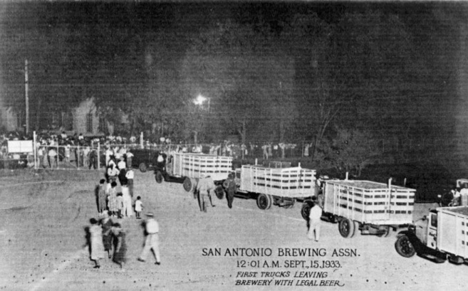 First trucks leaving the Pearl Brewery with legal beer at 21:01 a.m. Sept. 15, 1933. Historic photo provided by the Pearl.