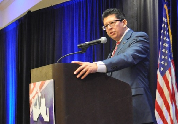San Antonio Chamber CEO and President Richard Perez speaks at the Chamber's luncheon. Photo by Iris Dimmick.
