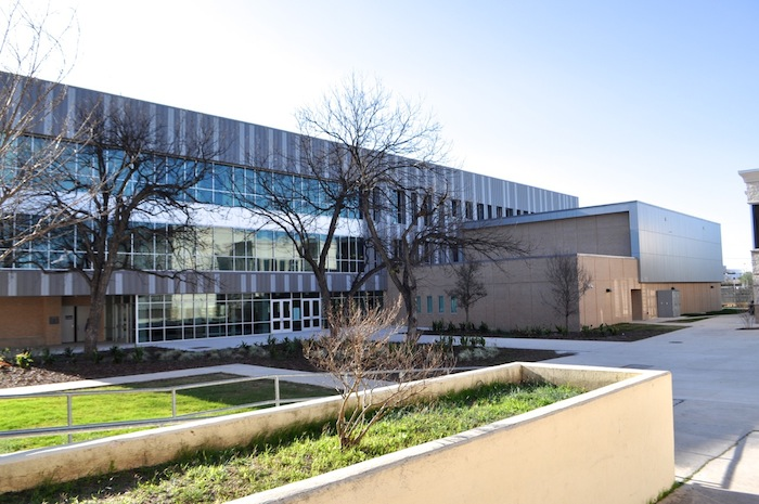The Career and Technology Education building at Brackenridge High School. Photo by Iris Dimmick.