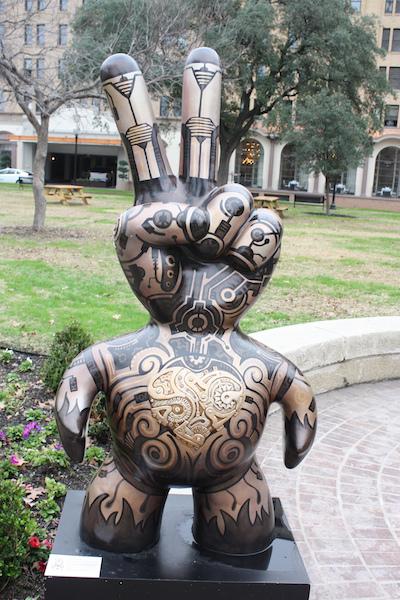 Sculpture in Travis Park designed by Alejandro Garcia. Photo by Kay Richter.