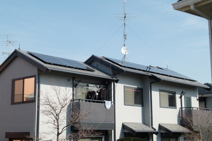 Residential rooftop solar. Image via Flickr user Bernd.