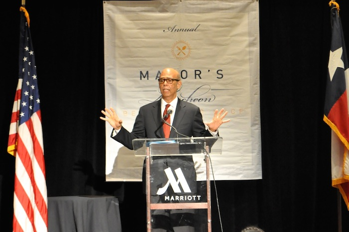 United Negro College Fund CEO Michael Lomax addresses the audience at the UNCF Mayor's Luncheon. Photo by Iris Dimmick.