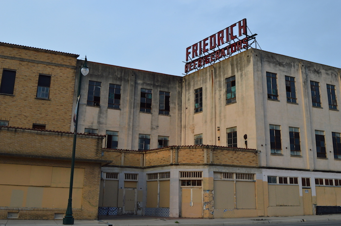 On my weekly visit to The Friedrich Building -- 1617 E. Commerce Street. Photo by Angel Lopez.
