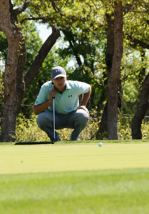 Jason Kokrak lines up a putt at the 2015 Valero Texas Open on his way to an 11th place finish. Photo by Kristian Jaime.
