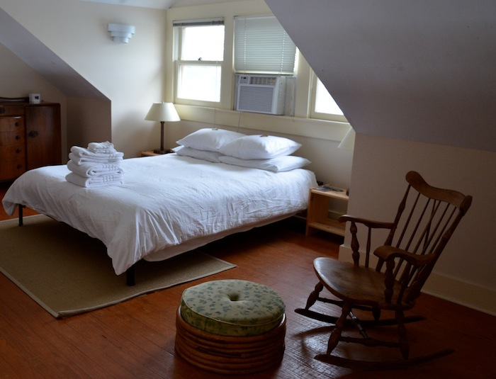 A comfortable Airbnb room in San Antonio. Photo by Gretchen Greer.