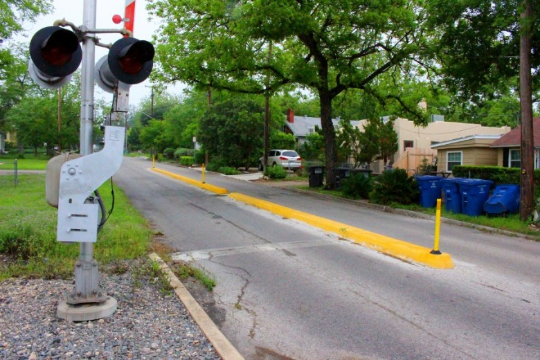 The crossing at Elsmere Place is the narrowest street with the longest curbs. Photo by Page Graham.