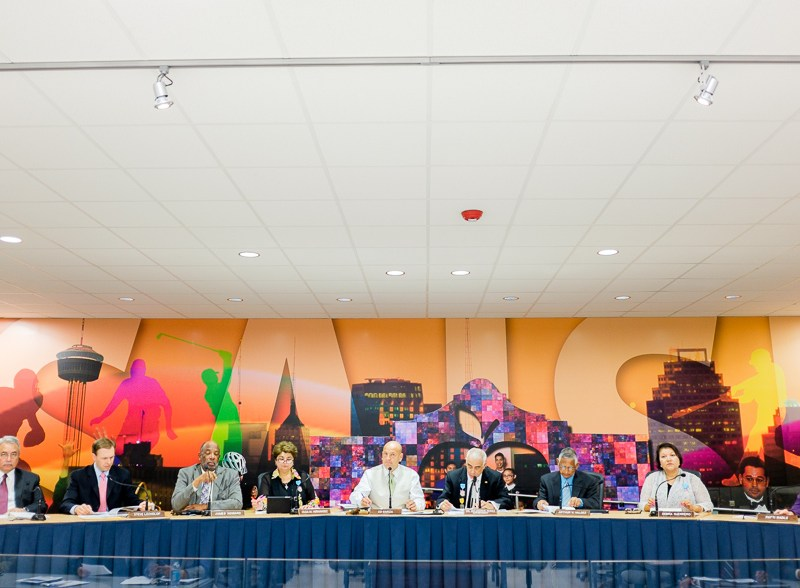 The SAISD Board meets to nominate finalists in superintendent search. Photo by Scott Ball.