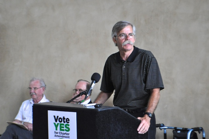 Former Mayor Howard Peak speaks in support of the Sensible Pay for SA campaign. Photo by Iris Dimmick.
