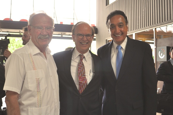 (From left) Former Mayors Phil Hardberger, Nelson Wolff and Henry Cisneros after speaking in support of the Sensible Pay for SA campaign. Photo by Iris Dimmick.