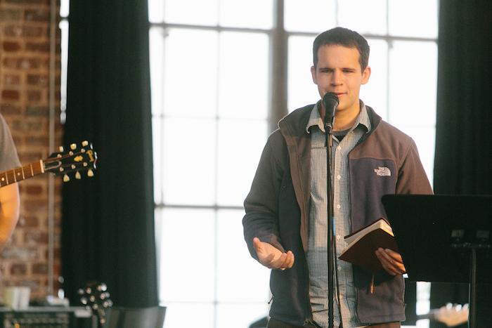 William Eavenson leads a prayer service in Chattanooga, Tenn. Courtesy photo.