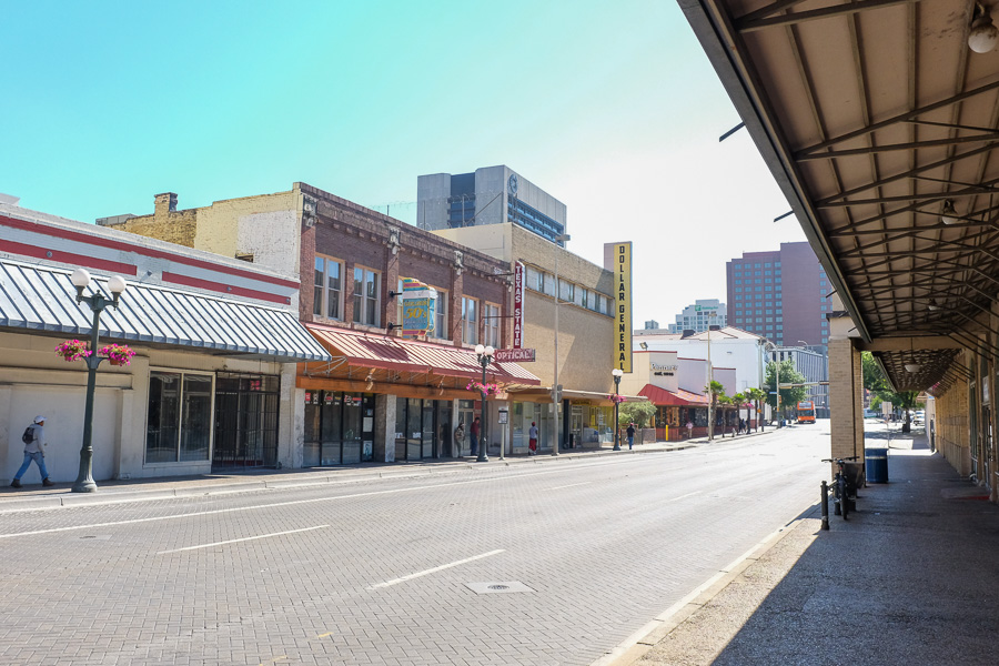 West Commerce Street. Photo by Scott Ball.