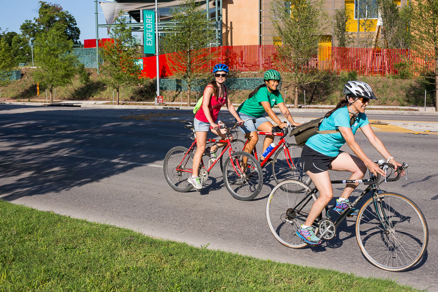 Ride2Vote participants take off for The Friendly Spot. Photo by Scott Ball.