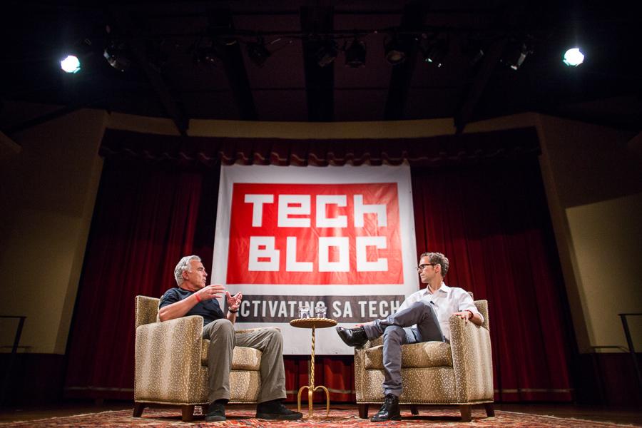 Robert Rivard (left) has a conversation with Robert Hammond (right). Photo by Scott Ball.