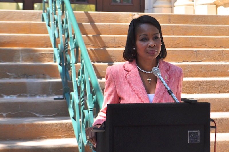 Mayor Ivy Taylor announces the City's plan to move forward with its lawsuit against the police union contract's evergreen clause on Oct. 1, 2014. Photo by Iris Dimmick.