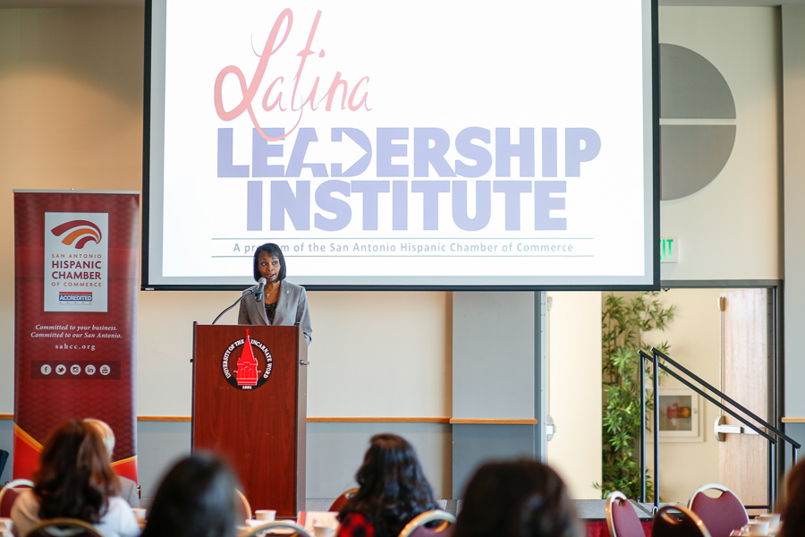 Mayor Ivy Taylor speaks at the Latina Leadership commencement ceremony. Photo by Scott Ball.