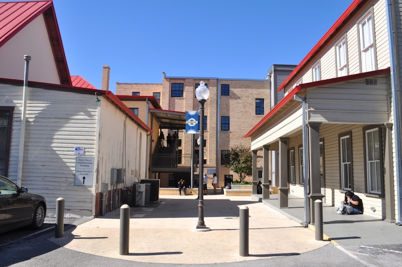 The Healy-Murphy Center campus at 618 Live Oak St. Photo by Iris Dimmick.