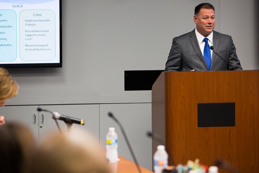 SeaWorld San Antonio President Dan Decker presents the task force's findings to City Council. Photo by Scott Ball.