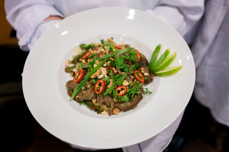 One group made lemongrass beef pad thai with vegetables as part of the H-E-B Slim Down Culinary Throwdown. Photo by Kathryn Boyd-Batstone