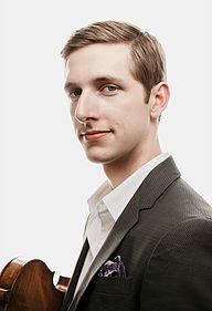San Antonio Symphony Concertmaster Eric Gratz