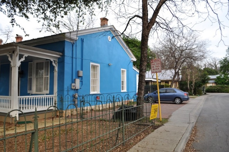 Casa Azul de Andrea is located on the corner of Mission and South Alamo streets and has five parking spots on Mission Street, which is a one way. Photo by Iris Dimmick.