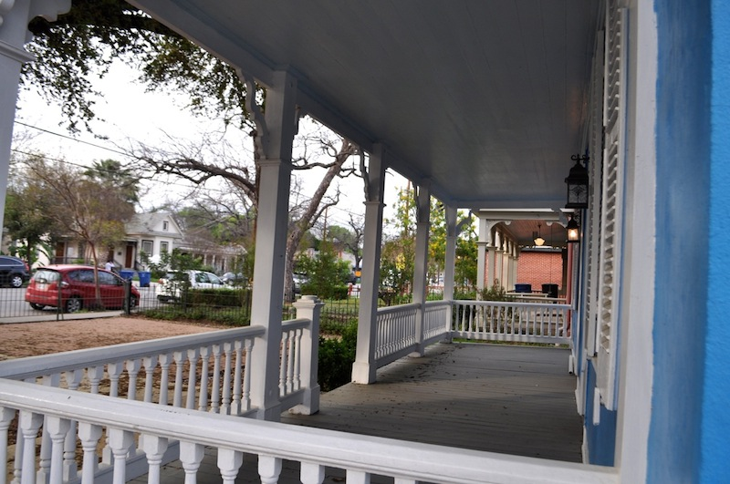 Casa Azul de Andrea will have patio seating in front. Photo by Iris Dimmick.
