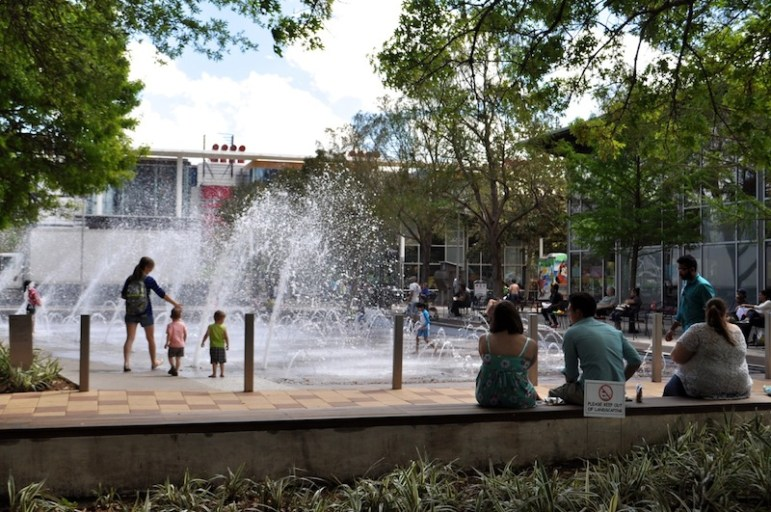 Discovery Green Park in Houston. Photo by Iris Dimmick.