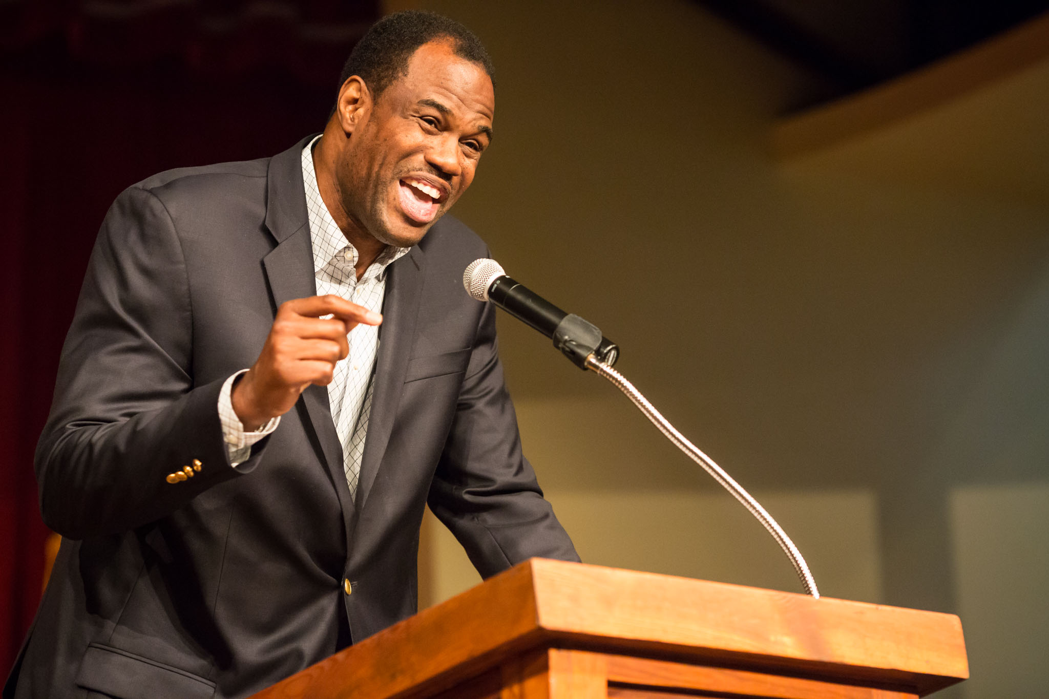 David Robinson, a former Spurs player and founder of the Carver Academy, speaks on the state of pubic education at the Pearl Stable. Photo by Michael Cirlos.