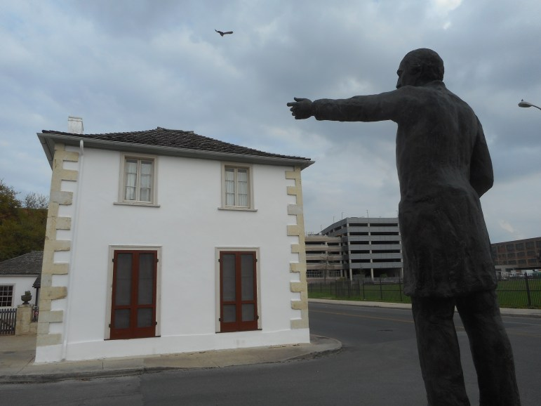 A statue of Navarro faces his home and mercantile building at the corner of Laredo and Nueva Street. Despite discrimination and disabilities, José Antonio Navarro was successful in politics and commerce. Photo by Don Mathis.