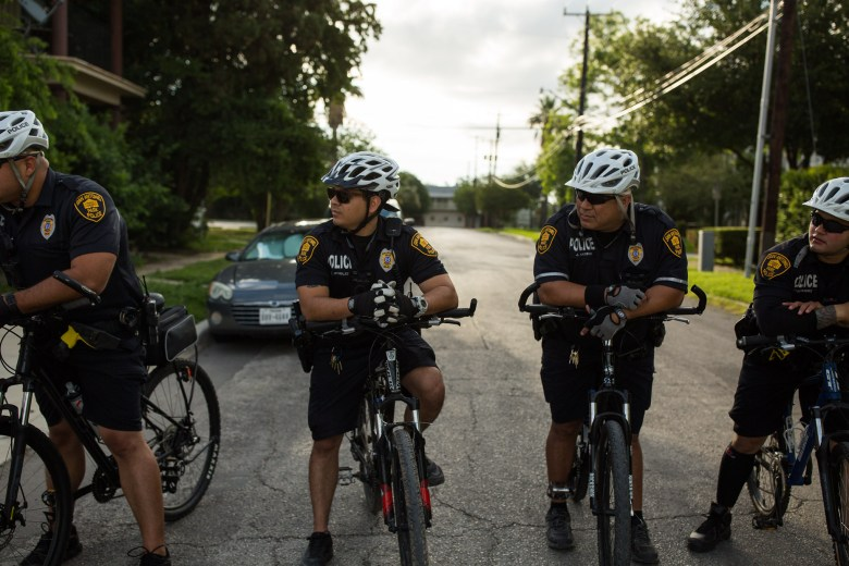San Antonio Park Police wait as they accompany each of the ride groups. Photo by Scott Ball.