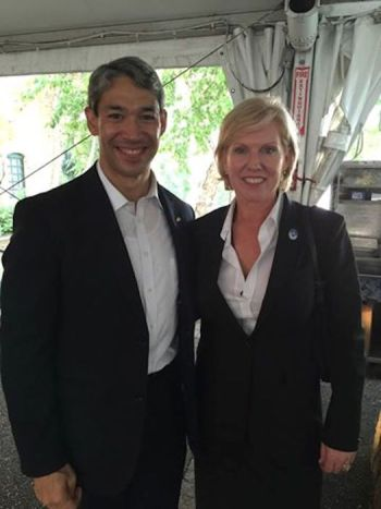 Councilman Ron Nirenberg (D8) met with Sister Cities International President and CEO Mary Kane in Minneapolis. Photo courtesy of the San Antonio International Relations Office.