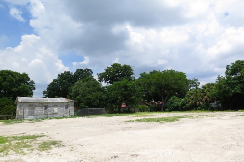 Efraim Varga plans to build 10 residential units on the now-vacant lot where a Sunglo gas station used to be. Photo by Sarah Talaat.