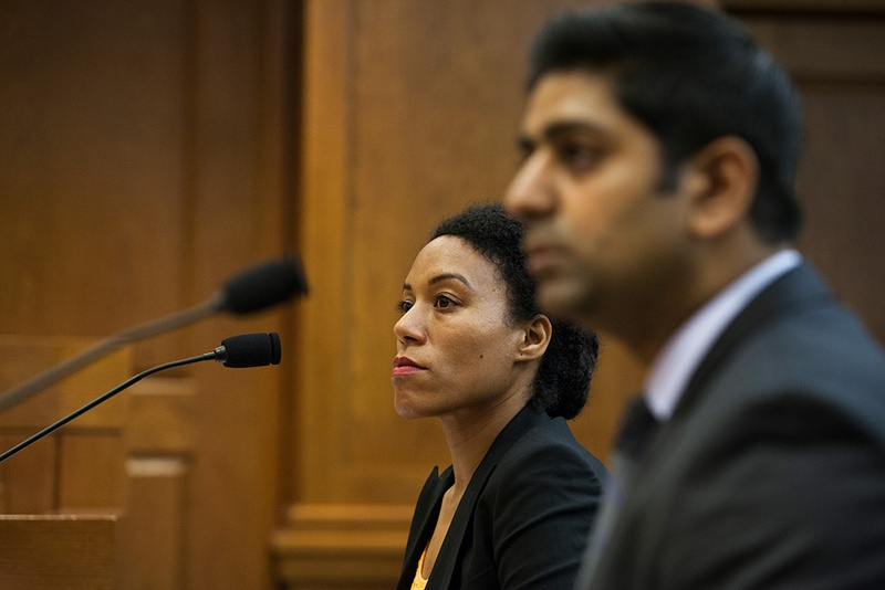 Rena Davis, left, a public policy manager for Lyft, and Sarfraz Maredia, right, general manager for Uber in Texas, testify before the House Committee on Business and Industry on June 8, 2016. Photo by Qiling Wang for the Texas Tribune.
