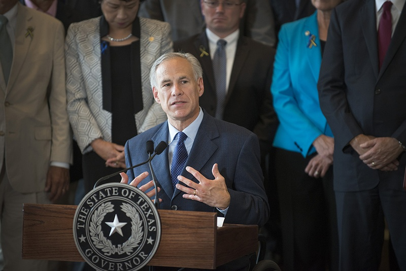Gov. Greg Abbott at a press conference on the Dallas shootings on July 8, 2016. Photo by Robert Hart for The Texas Tribune.