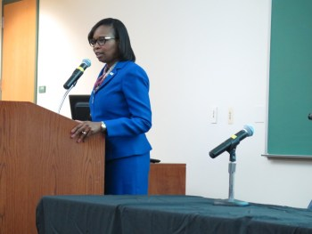 Mayor Ivy Taylor urges the audience to get involved with the MBK initiative. Photo by Rocío Guenther.