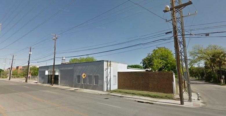 The former vending machine supply company building at 1811 S. Alamo St.  Image via Google Maps.